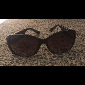 Coach sun glasses